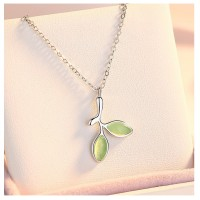 MII Green Leaf Exquisite Opal Pendant Short Chain (Without Chain)